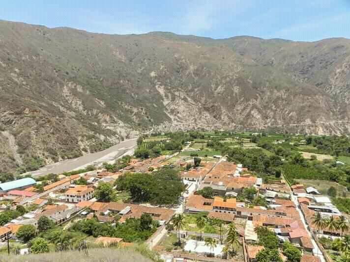 Espectacular vista desde la Loma Colorada del Municipio de Cepitá-Santander