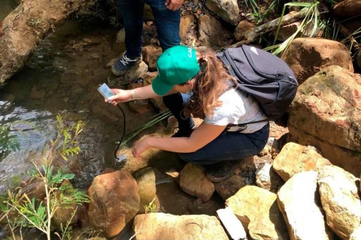 Las aguas de la quebrada Curití están siendo analizadas como parte del proyecto Inspiragua